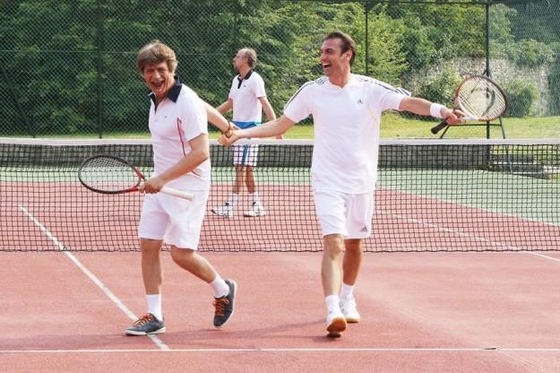 fabrizio-bentivoglio-e-fabrizio-gifuni-giocano-a-tennis